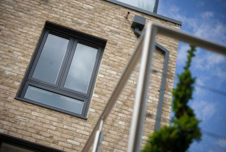 De ce să alegi ușile și ferestrele din aluminiu?